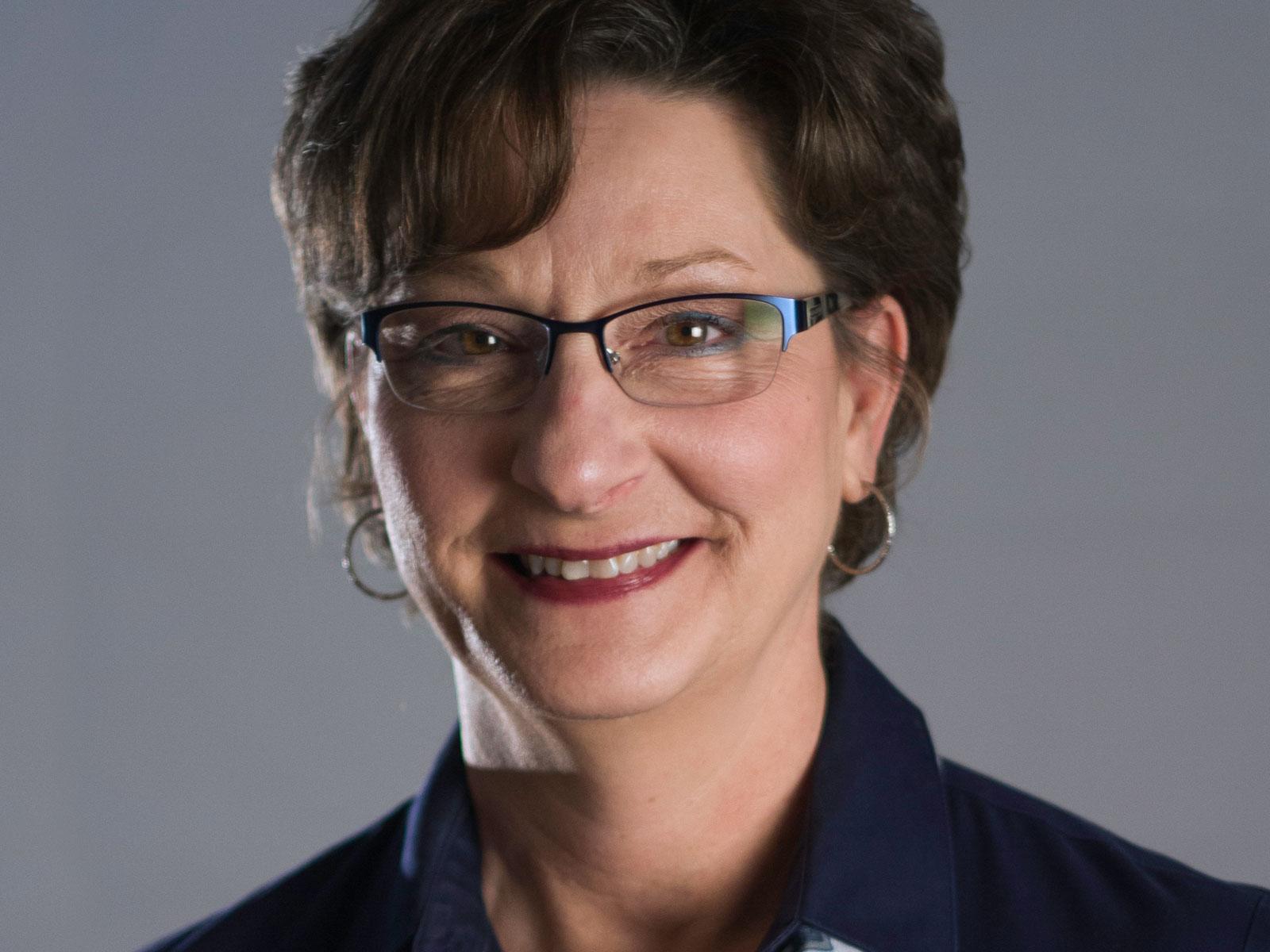 Dr. Summer Bartczak
